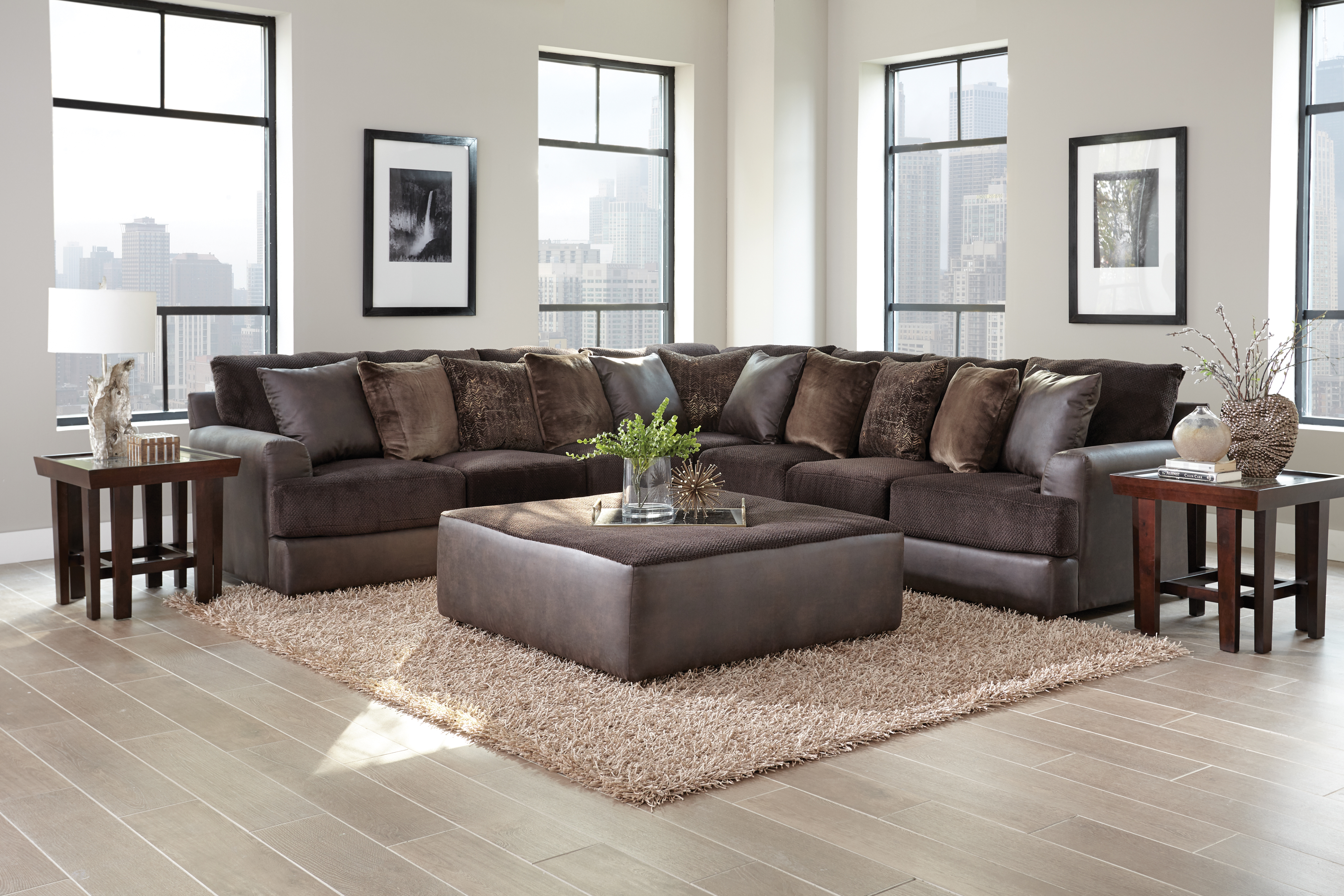 Upholstered Furniture Cortland Sectional